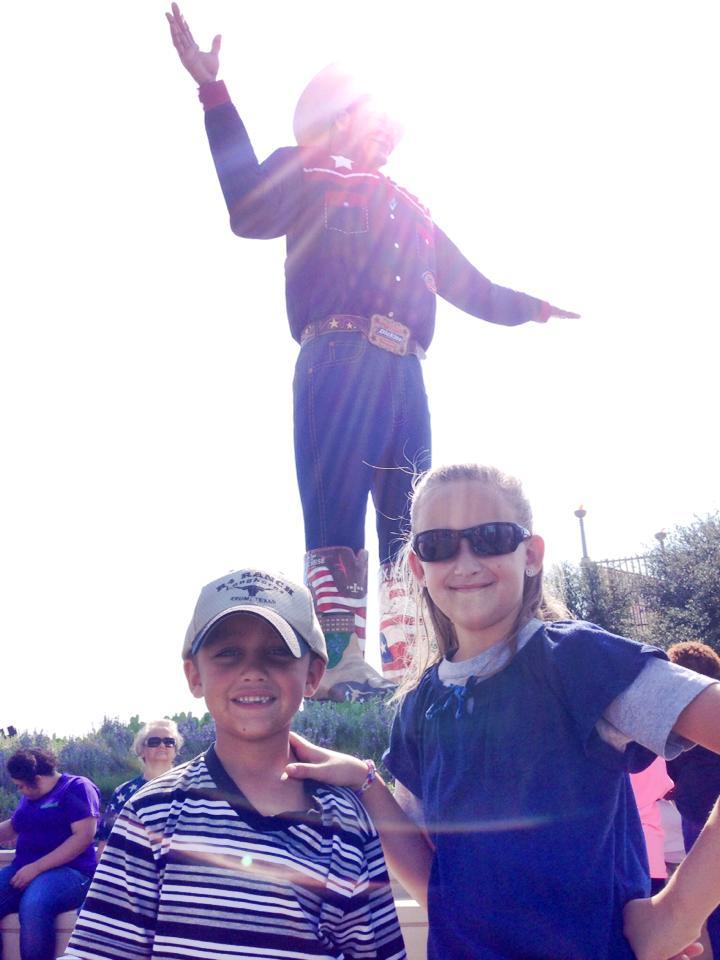 kids and Big Tex